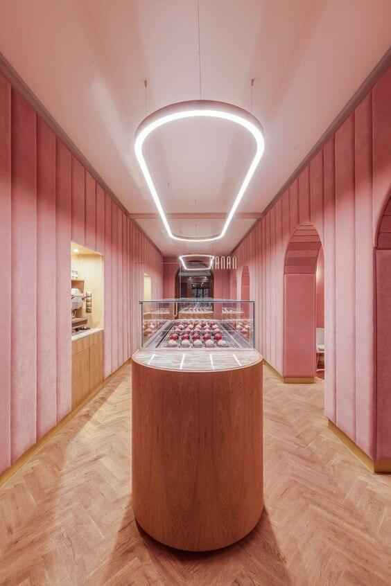 Le rose en retail - Nanan Pâtisserie in Wroclaw, by Block.Studio